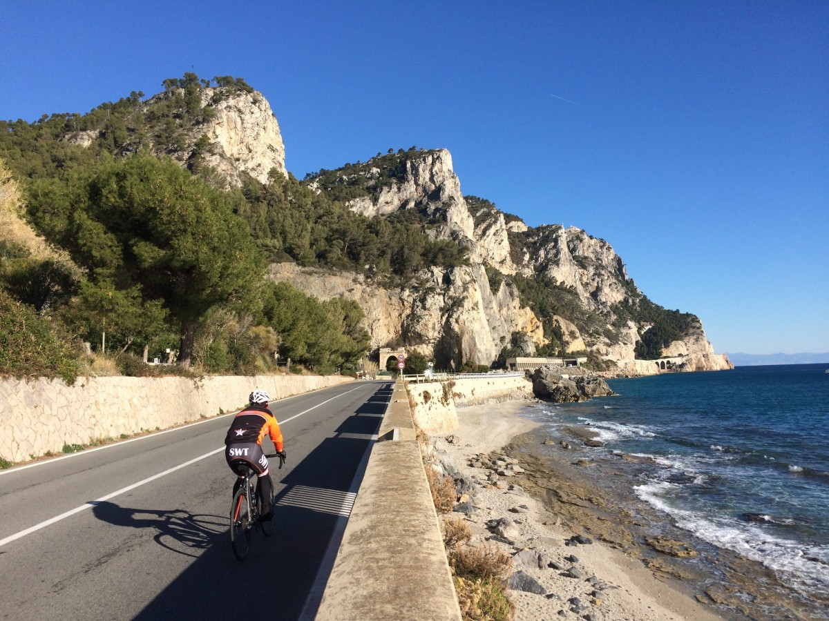 Cycling-near-Varigotti.jpg