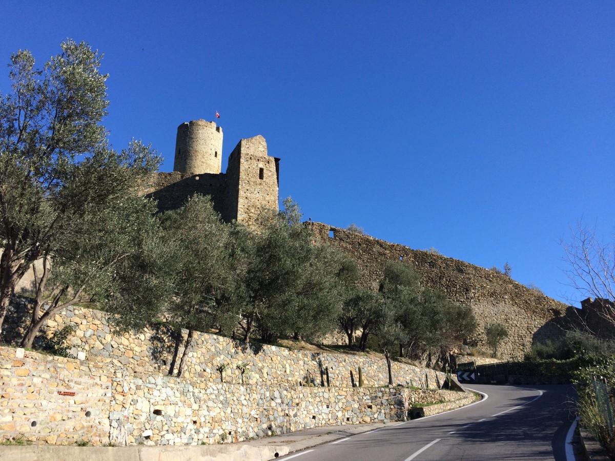 Noli-Castle.jpg