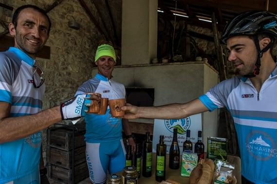 cyclists enjoying a break in san marino