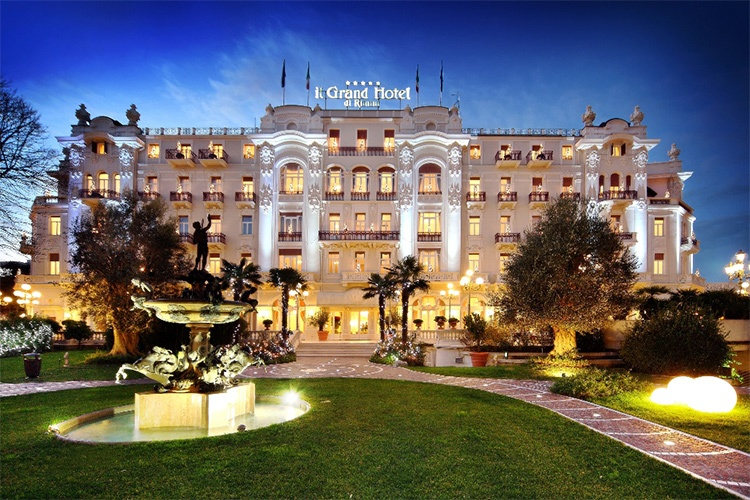 Grand Hotel Rimini-night-Tourissimo