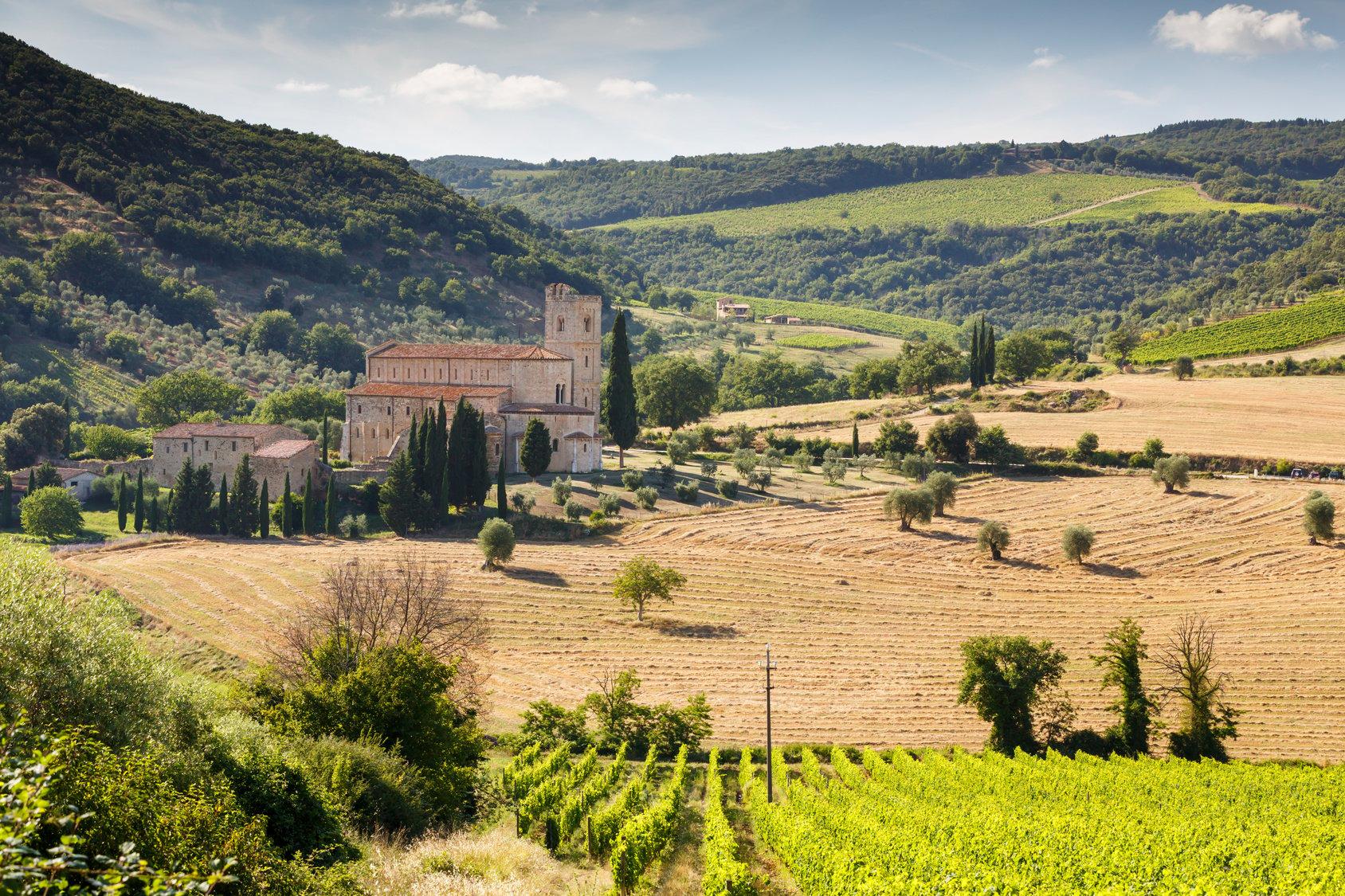 Sant'Antimo Tuscany Tourissimo hiking tour