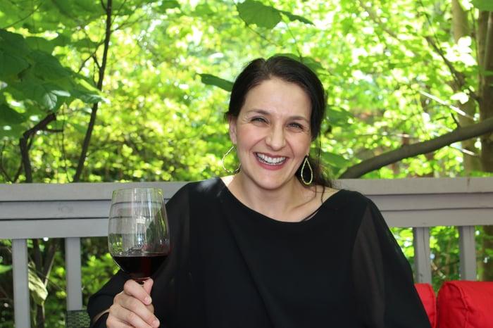 Headshot Elizabeth Schneider
