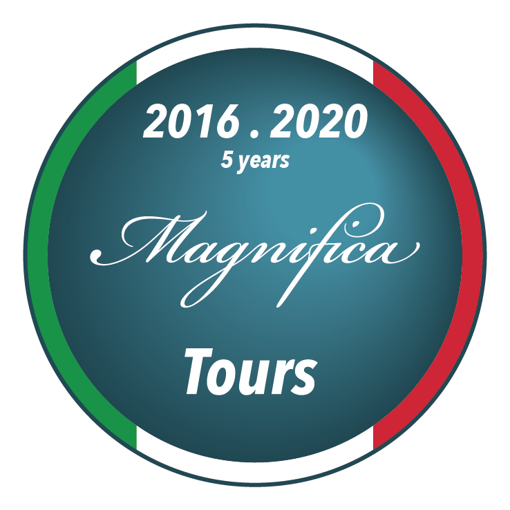 5 years magnifica 2@2x