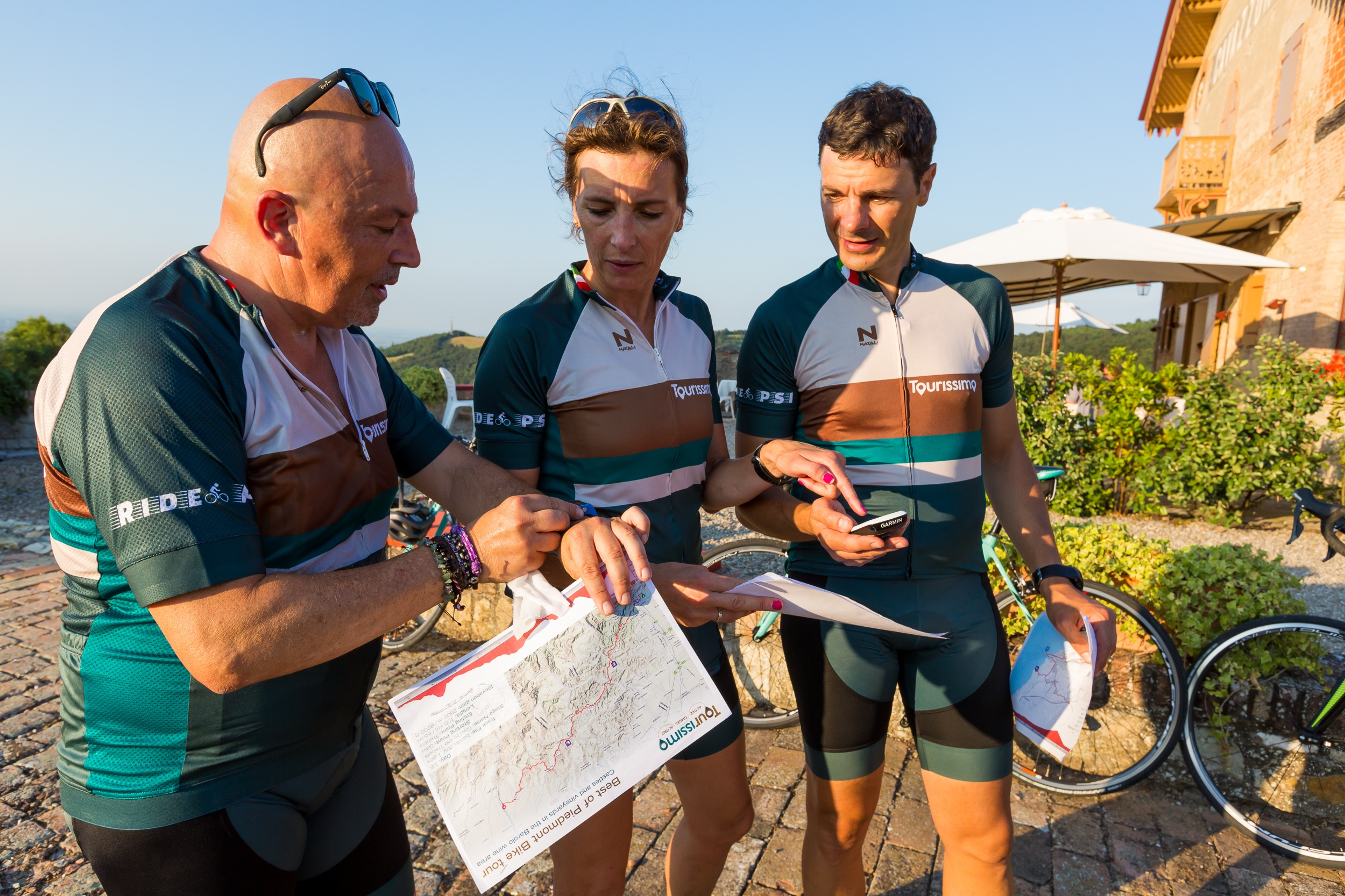 Top 10 Questions on Group Bike Tours